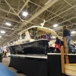 01-25boatshowyacht2 600