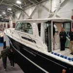 01-25boatshowyacht3 600