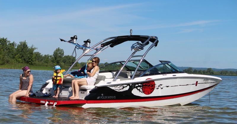 5 Tips for Boating with Your Kids