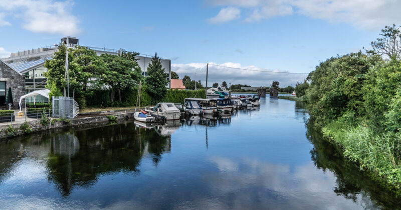 Boating On Busy Waterways: 5 Tips